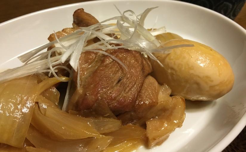 黒酢と玉ねぎでいつもと違う豚肉の煮物
