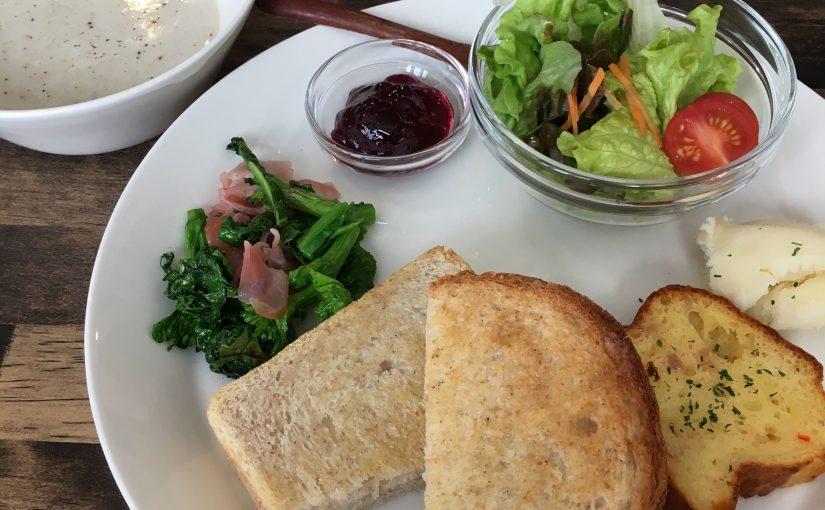 砂川市の古民家カフェで優しいお料理を